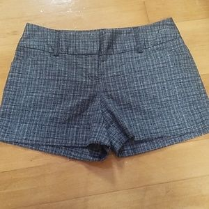 Express Design Studio Size 6 Shorts Womens